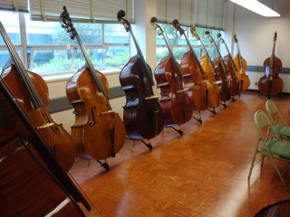 Makers competition basses