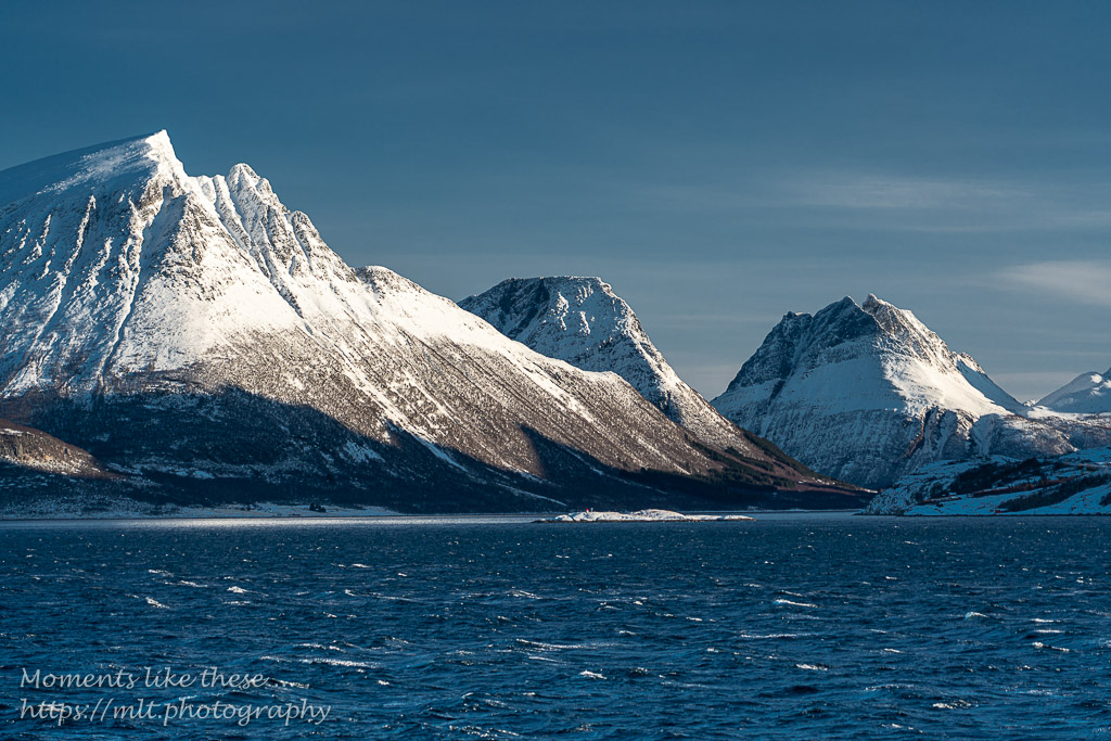 Sea and mountains, Nesna