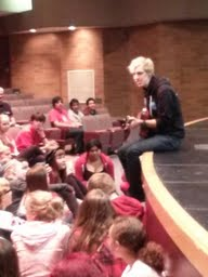 """Glee"" star Derik Nelson with MTHS performing arts students."