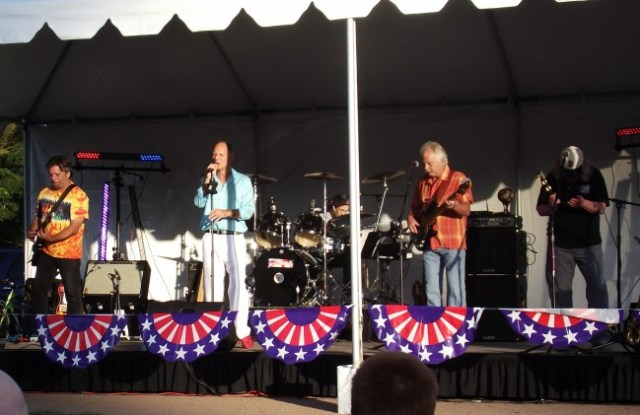 The 2013 Family Fourth of July community event in Mountlake Terrace included live music and fireworks. The city is not hosting an event this year.