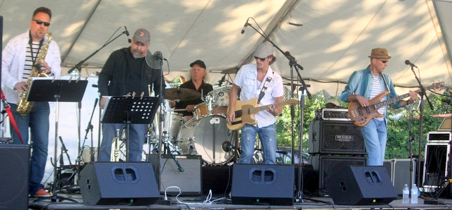 The Chris Eger Band played a mix of Rock, Blues, Country, Funk, Soul at the Evergreen Playfield.