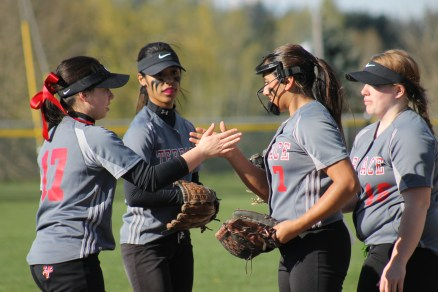 MTHS softball vs. Lynnwood, Mar. 30 084.jpg