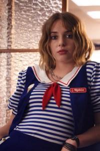 Maya Hawke as Robin Buckley.