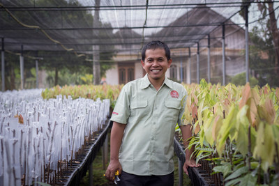 """Van Houten Professional will be the first mass market brand in Indonesia to offer sustainably sourced cocoa under the """"Cocoa Horizons"""" program and will improve the livelihoods of cocoa farmers and their communities in areas such as Sulawesi"""