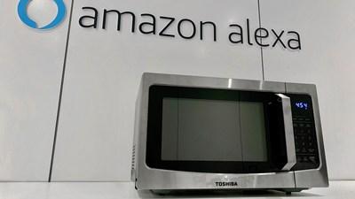 Lancement Du Micro Ondes Intelligent De Toshiba Capable De S Associer A Amazon Alexa Et Google Home Lors Du Ces 2020