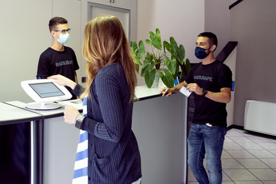 Radiusafe - detects if employees come too close | social distance technology