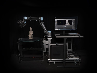 The autonomous, colour-faithful 3D scanning system CultArm3D GT10 by Fraunhofer IGD automatically and safely generates high-resolution 3D scans?perfect for use in museums.  (? Fraunhofer IGD)