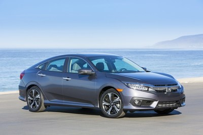 2018 Civic and CR-V Overall Winners in AutoWeb's Buyer's Choice Awards as Honda Leads All Brands with Seven Awards (PRNewsfoto/American Honda Motor Co., Inc.)