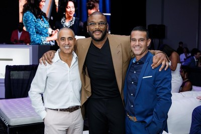 Tyler Perry with Ozzie Areu (left) and Will Areu (right)