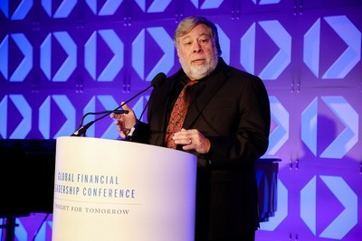 Apple co-founder Steve Wozniak accepts the CME Group Melamed-Arditti Innovation Award at the 11th annual Global Financial Leadership Conference in Naples, Fla.