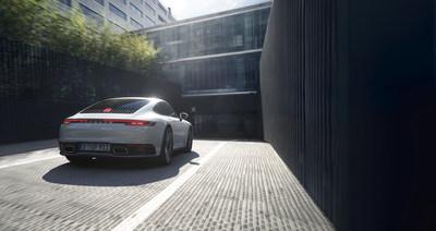 (PRNewsfoto/Porsche Cars North America, Inc.)