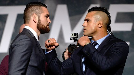 Chris-Weidman-vs-Vitor-Belfort