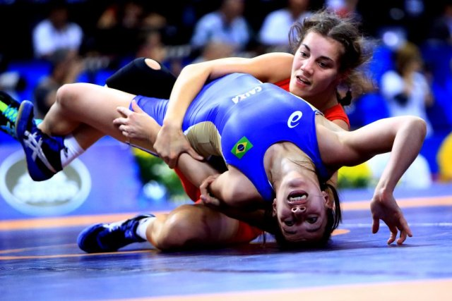 wrestling kvenna