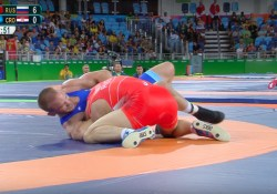 olympic-wrestler-gets-choked-unconscious-wins-gold-medal-1