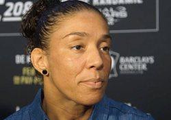 Germaine-de-Randamie-UFC-208-pre-scrum-MMAF