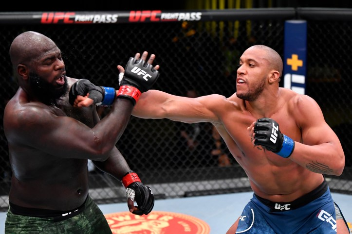 Showcasing his fine jab against Rozenstruik, Ciryl Gane represents one of the cleanest strikers at 265 | UFC Fight Night 190