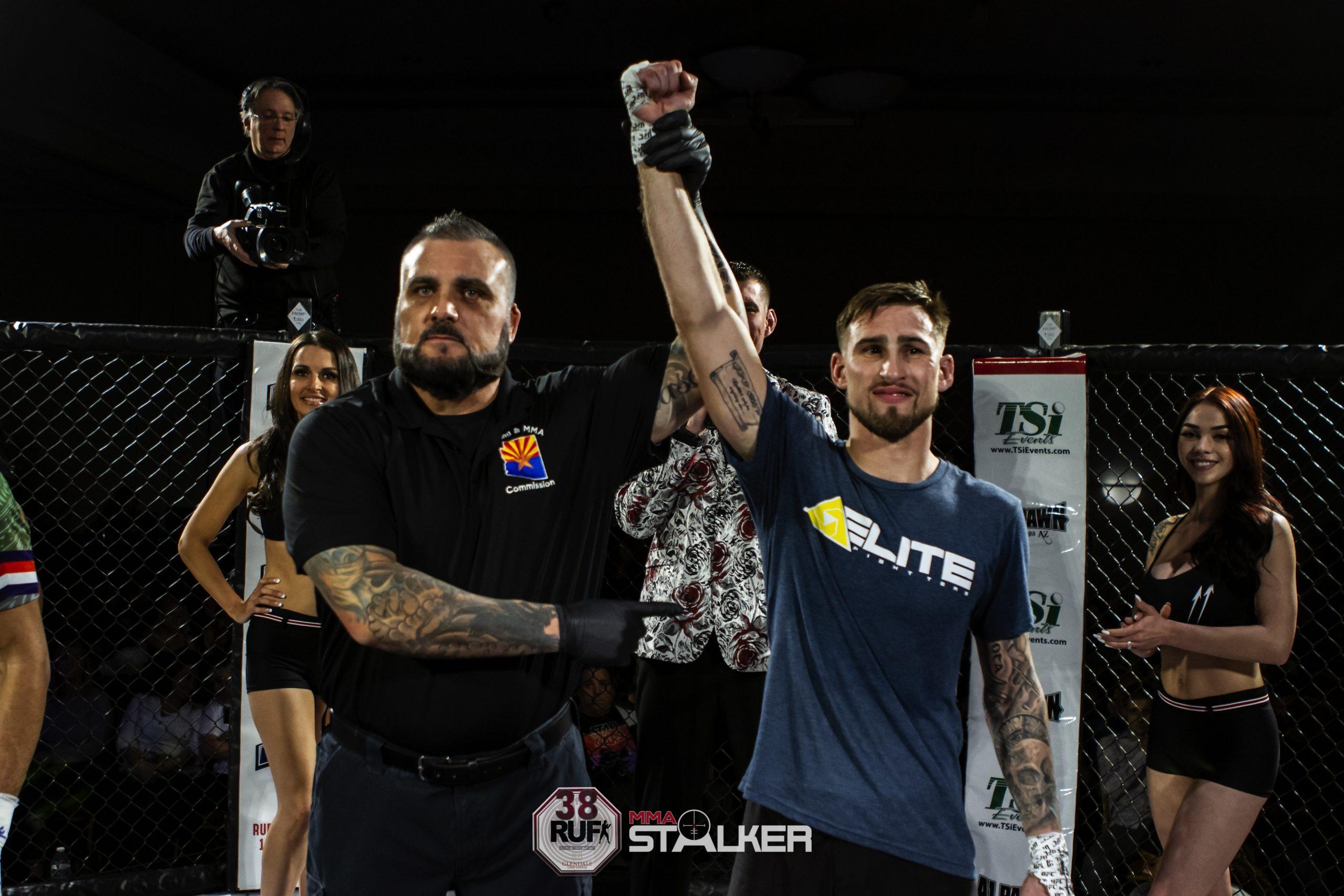 #5 - Amateur 145 lbs | Stephen Esparza-Owens vs Greg Foster-30