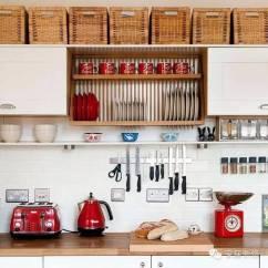 Kitchen Pantry Cabinets Freestanding Utensils Store 超级实用的小户型布置指南 微众圈 随着生活水平的提高 厨房已不再是塞满厨具和食品的杂乱狭小空间 现代厨房已具有烹饪 用餐 工作 展示等综合使用功能 厨房收纳空间与厨房样式密切相关 独立式
