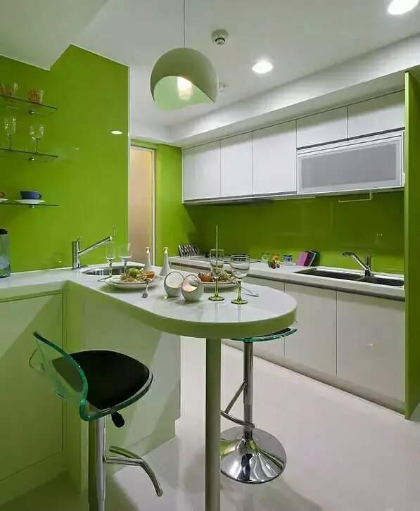 kitchen island with range chandelier lowes 当厨房遇上餐厅 微众圈 厨房因为油烟比较多 所以最好安排一个窗户 而餐厅无论是处在厨房的范围中还是和客厅连成一体都不是大问题