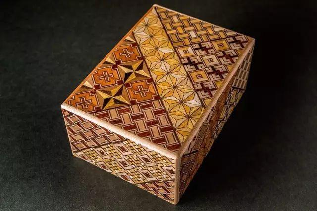 寄木細工。讓木頭像紙一樣柔軟!_壹號收藏 - 微文庫