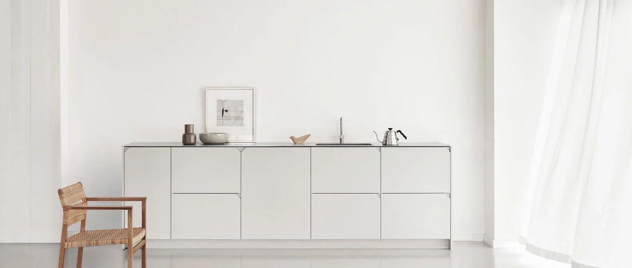 compact kitchens pictures of custom kitchen cabinets 紧凑型厨房的设计技巧让空间变大又不失功能性 微新推荐