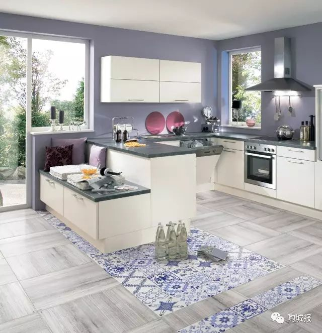 coastal kitchen rugs remodel ct 比地毯还漂亮 地面花砖就这样贴 自由微信 freewechat 有这么养眼的花砖 厨房不再是热和累 烹饪也可以成为乐趣