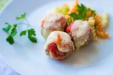 pulpeciki w sosie pomidorowym i serem mozzarella