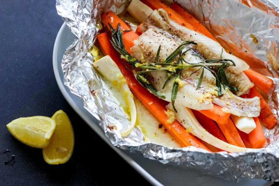 Pieczona ryba z warzywami - najprostszy przepis ever