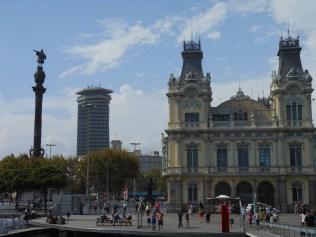 L_Mirador de Colón--R_side view-Port of Barcelona building