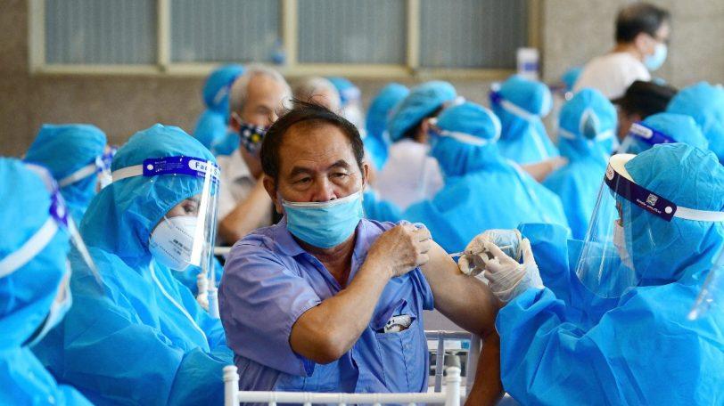 Estudios afirman que vacunas antiCovid-19 ayudan a resistir mejor a la variante Delta
