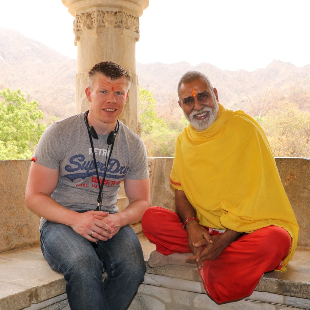 Indien: Zwischenstopp in Ranakpur beim Adinath-Tempel