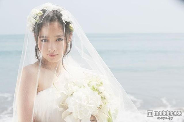 【画像あり】【芸能】橋本環奈、純白ウエディングドレスで新境地