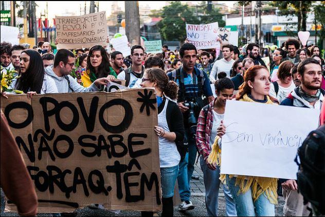rivolte-brasile-3