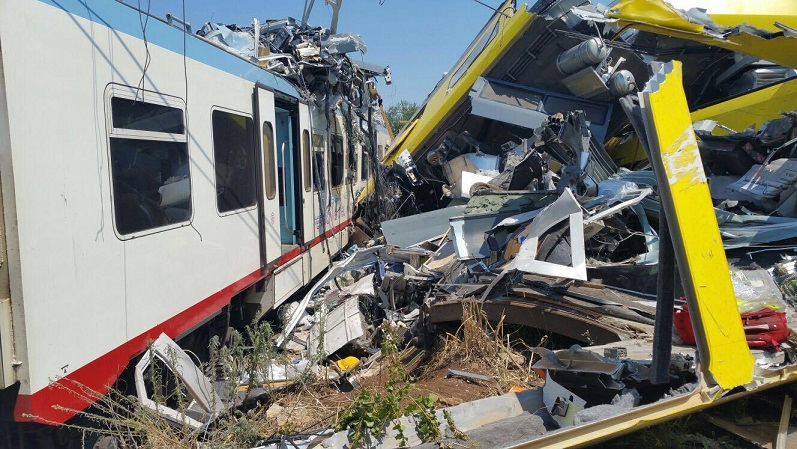 12 dead in Puglia train crash