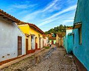 _E7A9447 Small street in Trinidad web ready