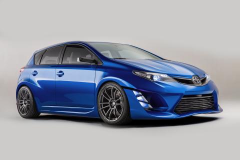Scion estrenó su automóvil Concepto iM en el Los Angeles Auto Show el 19 de noviembre de 2014. (Foto ...