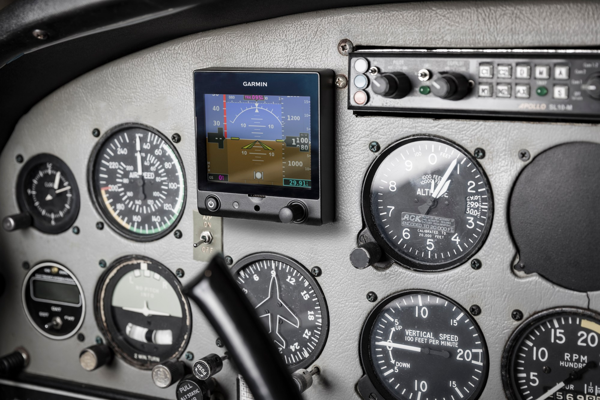 hight resolution of garmin introduces g5 electronic flight instrument for certificated aircraft business wire
