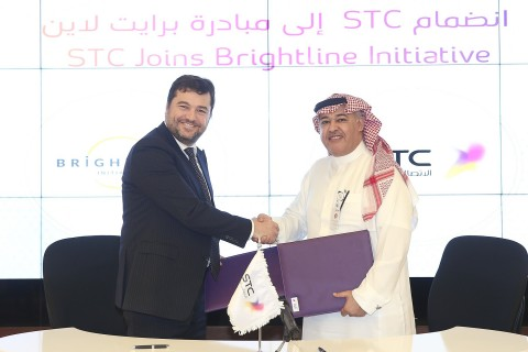 Signature of Coalition agreement by STC Group CEO, Dr. Khaled  Biyari and  Brightline Executive Dire ...