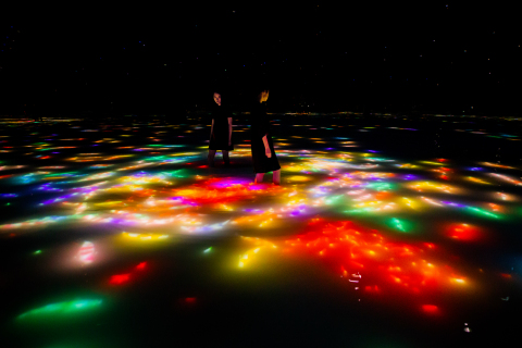 Drawing on the Water Surface Created by the Dance of Koi and People - Infinity teamLab, 2016-2018, Interactive Digital Installation, Endless, Sound: Hideaki Takahashi (Photo: Business Wire)
