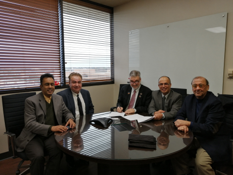 AURAK and the University of Texas at Arlington sign a deal to set up a collaborative education program (Photo : AETOSWire)