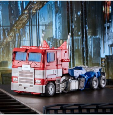 mpm-12-optimus-prime-transformers-bumblebee-masterpiece-movie-series22