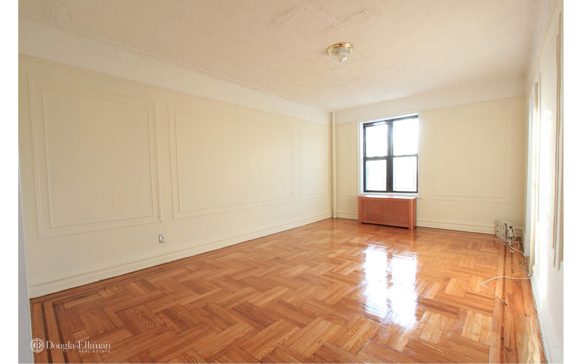 Bay Ridge 1 bedroom rental at 6701 Colonial Rd, Brooklyn