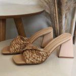 Taco Feminino Bege com Detalhes em Palha e Salto Triângulo Nova Coleção Primavera Verão Tendência da Moda Calçadista Loja Online MM Store shoes (31)