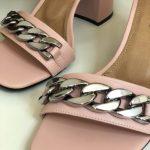 Sandália Feminina Rose de Salto Bloco e Detalhes em Correntes Nova Coleção Primavera Verão Loja Online Mm Store Shoes Moda e Tendência (1)
