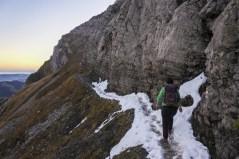Kleine Schneefelder beim Aufstieg