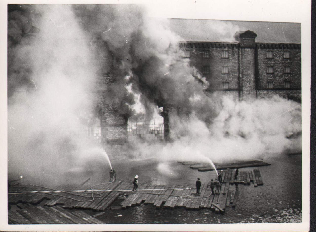 1954 match factory fire