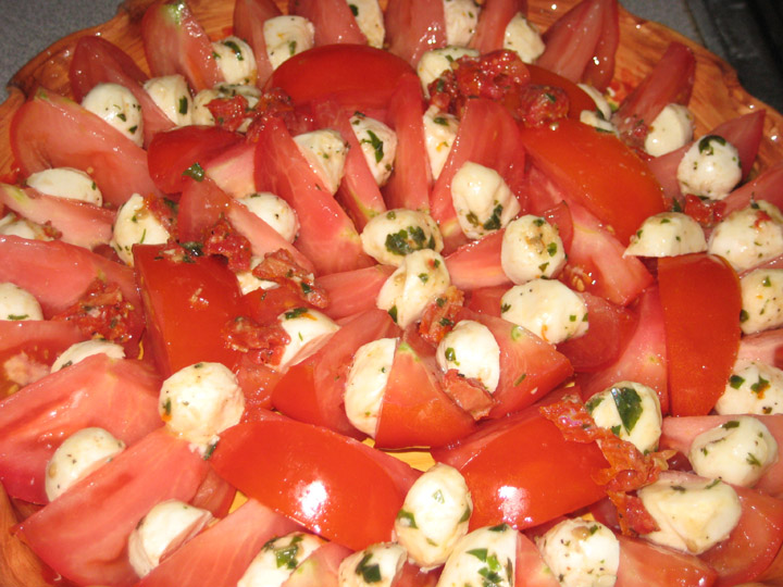 tomatoes - wide angle
