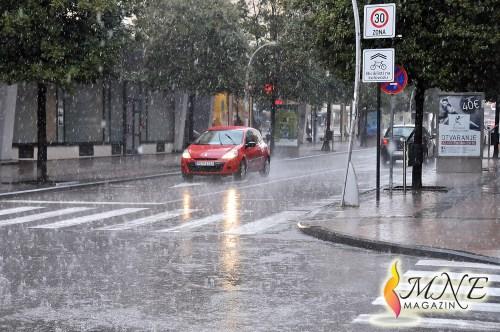 AUTO MOTO SAVEZ: Oprezno vozite zbog lošeg vremena