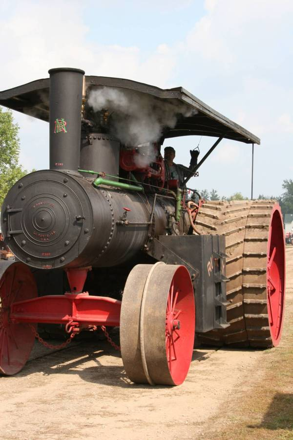 Tractors & Lot Rice County Steam Gas