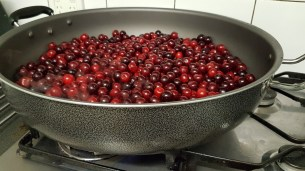 Cooking the sour cherries with salt